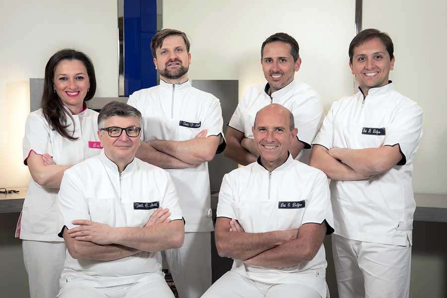 medici-studio-dentistico-delfino-anzisi-napoli