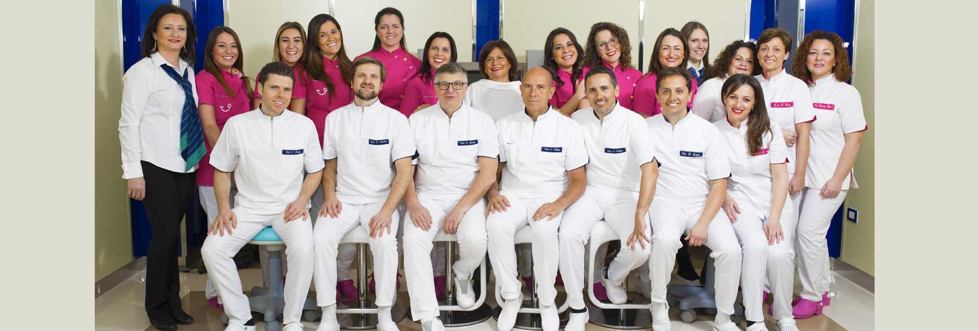 studio-dentistico-delfino-anzisi-napoli-staff
